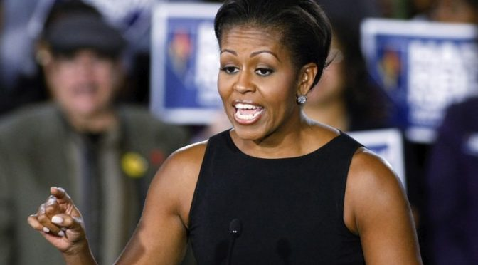 Le braccia di Michelle Obama